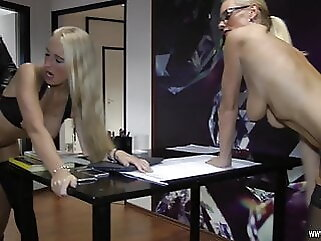 Guilty - The Story blonde amateur