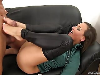 Pound me proper and piss me pornstar blowjob