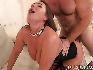 Sexy Suzi Smothers Manuel With Her Giant Tits blowjob anal