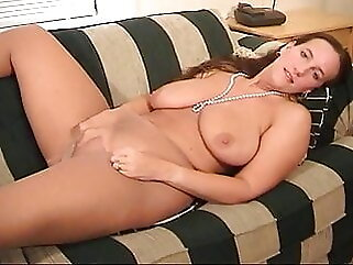 Belle Masturbates On Couch In Pantyhose milf bbw