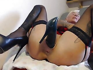 Gothic Girl inserts heeled shoes in her holes (Web) blonde anal