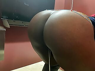 Big booty black girl on the toilet at workplace hd videos voyeur