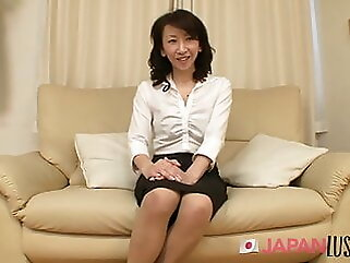 Real Japanese Granny Squirts Hard - JapanLust-com blowjob asian